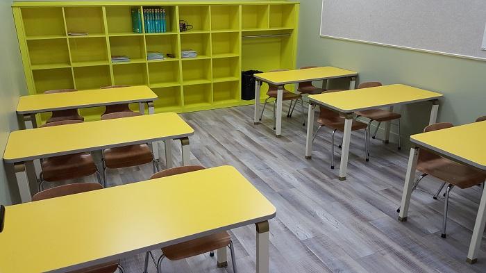 2F Classroom 사진