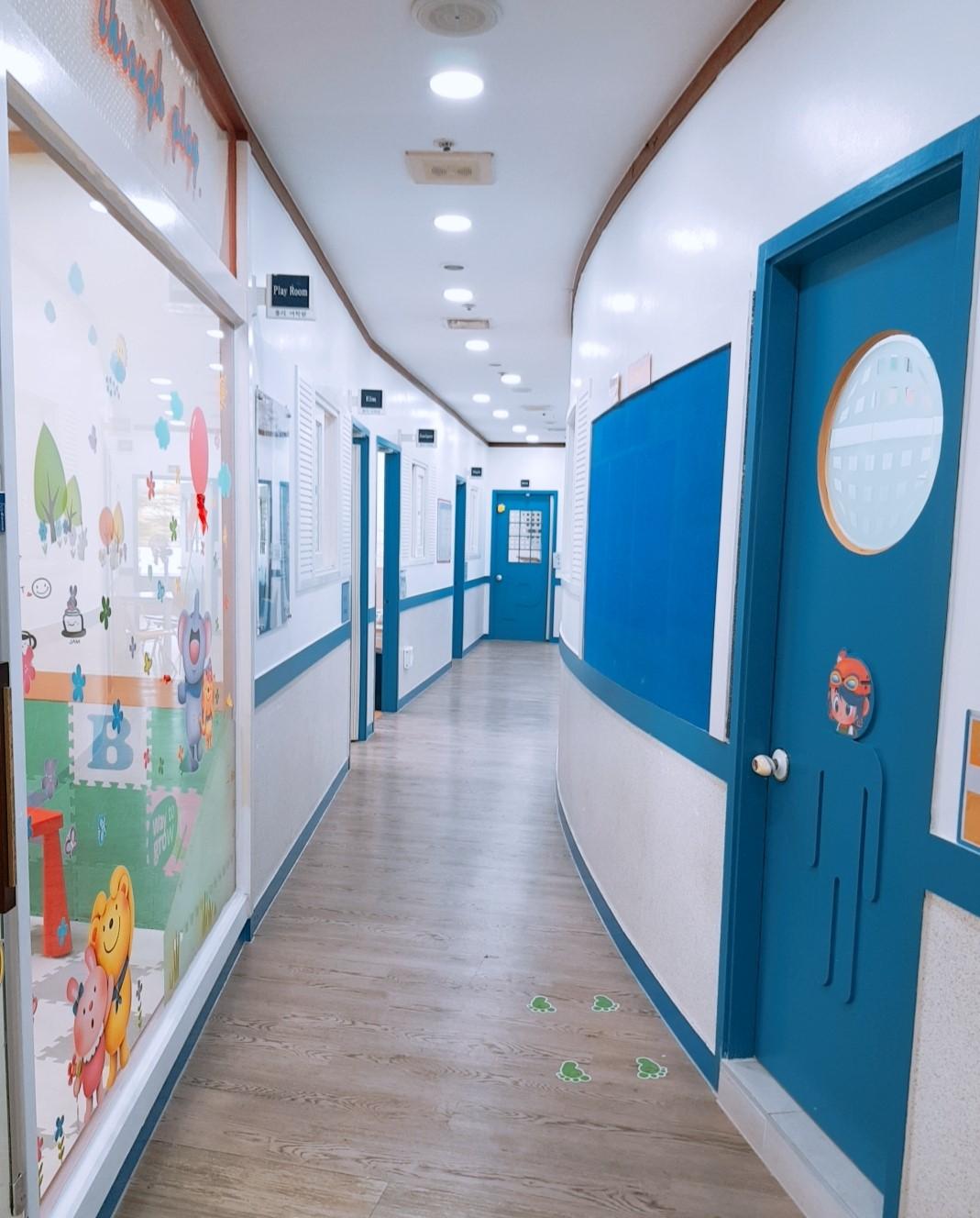 내부 Hallway 사진