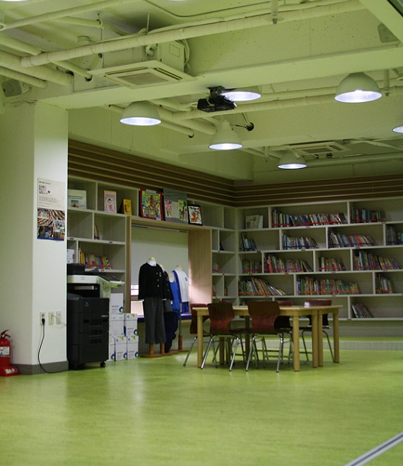 4th Floor Library 2 사진